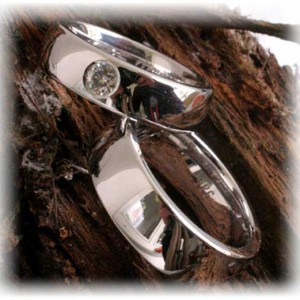 IM258 Diamond Wedding Rings Platinum 600 950 or White Gold
