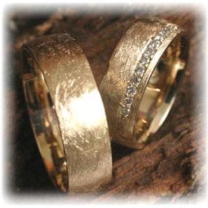 IM261 Diamond Wedding Rings Ice Matted, Yellow Gold 585750