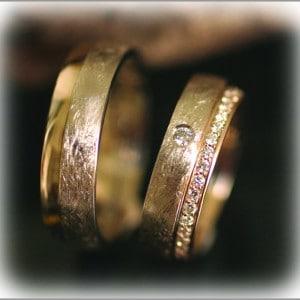 FT283-ringe-hochzeit-gold brillantkranz gelb
