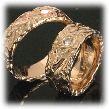 Diamond Wedding Rings Ft213 Hammered Yellow Gold 14ct