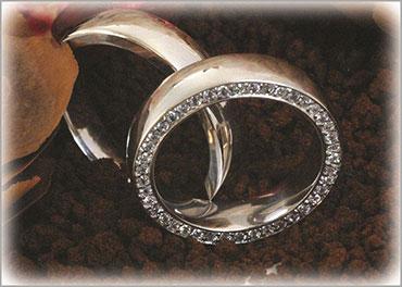 IM253 engraved wedding rings saint mourice alike