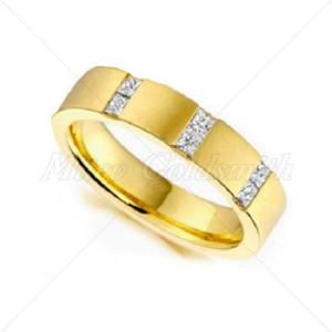 IM623 vintage diamond rings yellow gold princess cut
