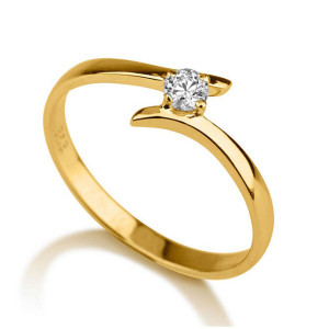 IM673 yellow gold engagement rings round diamond 1