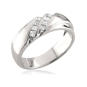 IM677 princess cut platinum woman ring band diamond