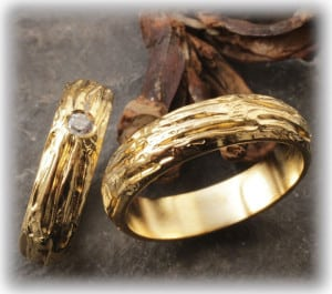 E Wedding Bands.E Wedding Bands Ft108 Of Yellow Gold With Diamond