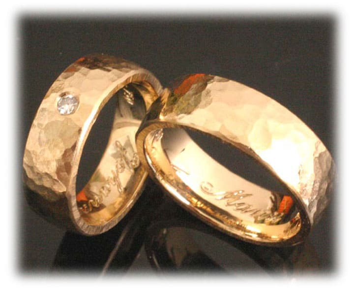 E Wedding Bands.E Wedding Bands Ft359 Hammered Yellow Gold With Diamond
