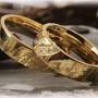 Engraved-Wedding-Rings-FT112-Hammered-1