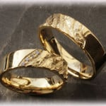 Engraved-Wedding-Rings-FT112-Hammered-2