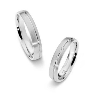 Platinum-Wedding-Rings-FT506-with-6-Diamonds