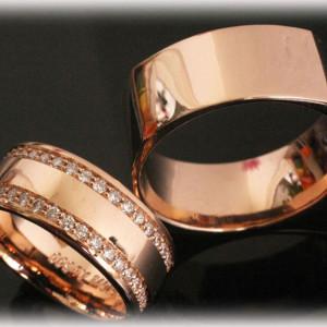 Rose-Gold-Weddinga-Rings-FT398-Diamonds