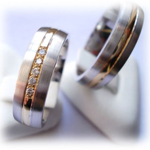 Two-Tone-Wedding-Rings-FT357-with-Diamonds