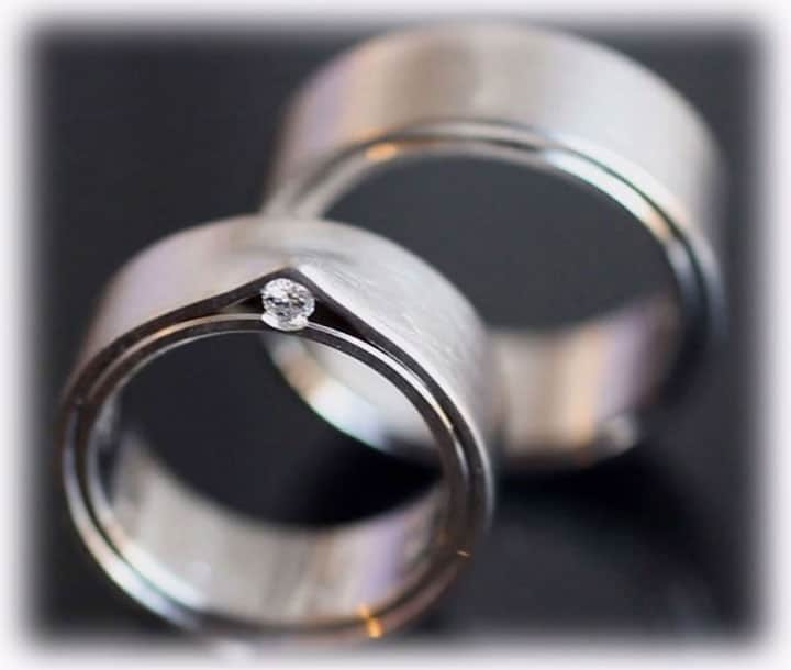Unique Wedding Rings Ft400 Handcrafted With Diamond